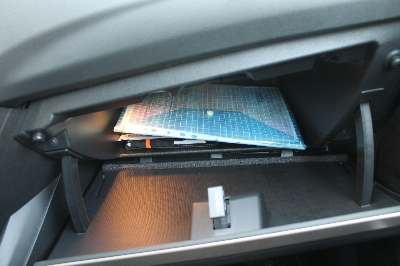 Lada Vesta - Ящики для вещей