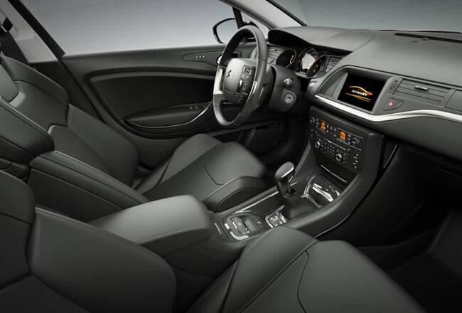 ситроен с5 2016 года новая модель, новый ситроен с5 2016 фото цена, ситроен с5 седан 2016 модельного года фото цена, ситроен с5 универсал отзывы владельцев, Ситроен С5 2016 технические характеристики, Ситроен С5 комплектации и цены