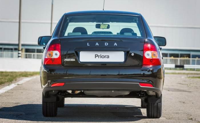 Lada Priora задняя оптика