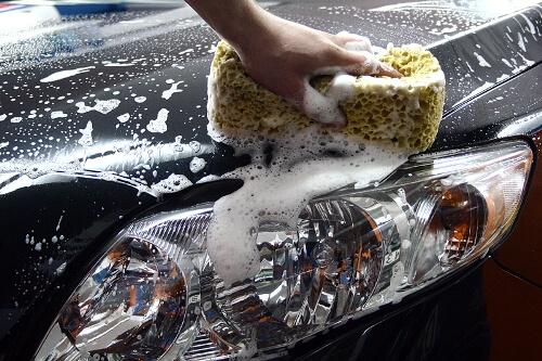 Мытье авто губкой