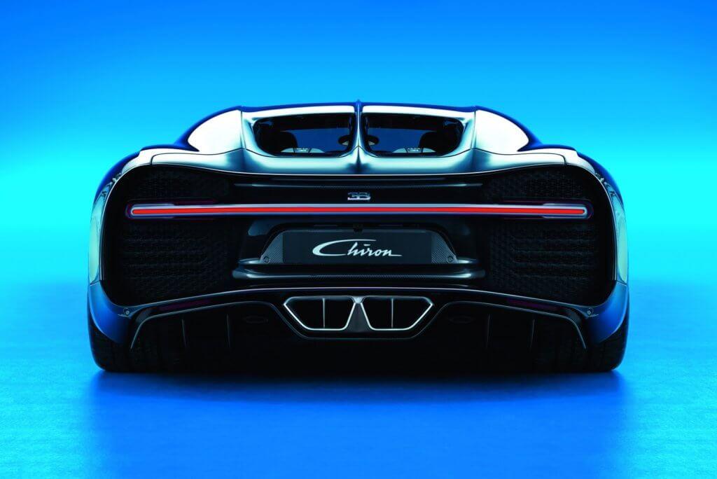 Bugatti Chiron 2019 - Бугатти Широн вид сзади