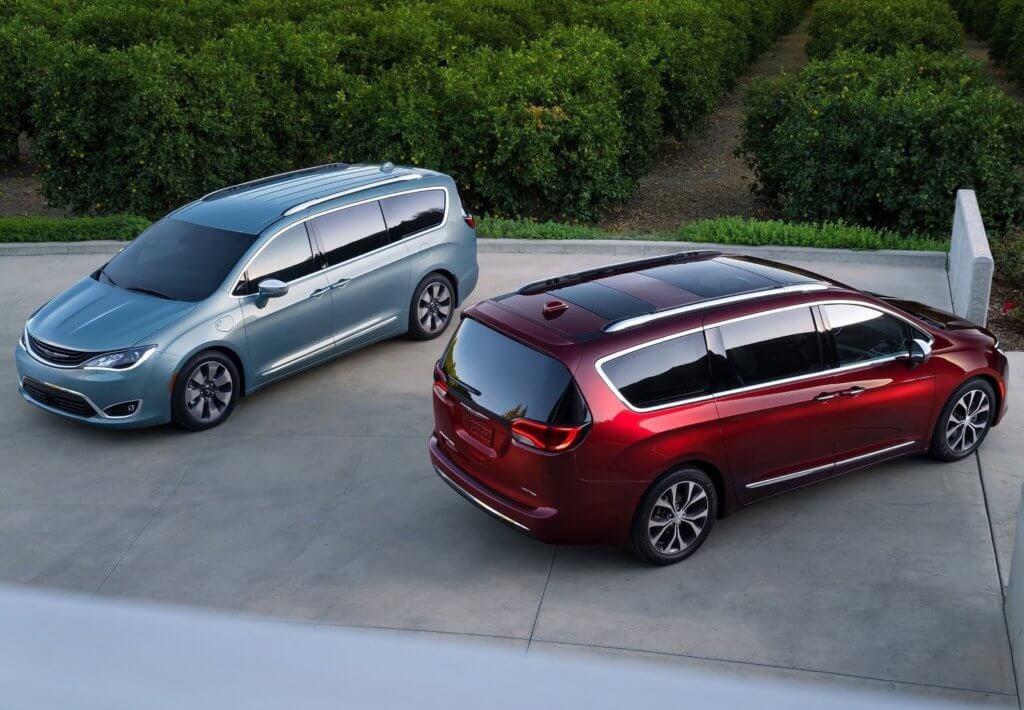 Chrysler Pacifica общий вид 2
