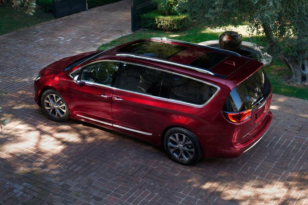 Chrysler Pacifica вид сверху
