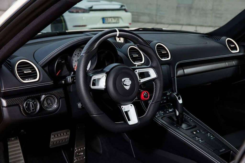 Porsche Boxster Spyder интерьер