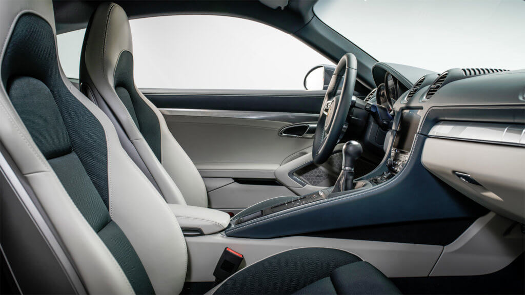 Porsche Cayman S сидения
