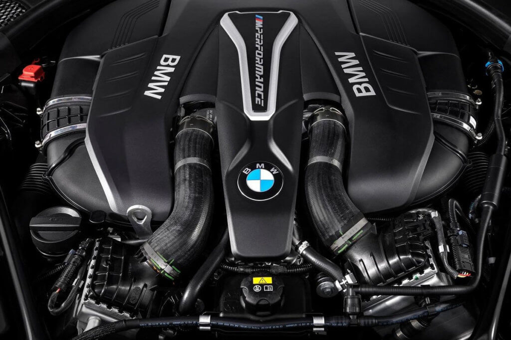 двигатель BMW M550i