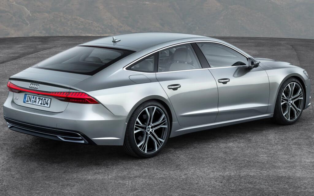 Audi A7 вид сзади