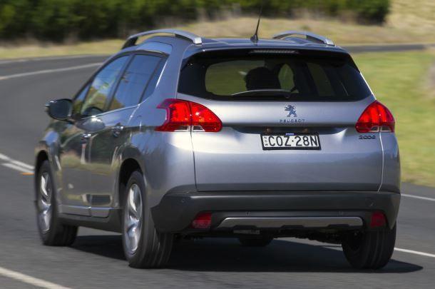 Peugeot 2008 Сзади