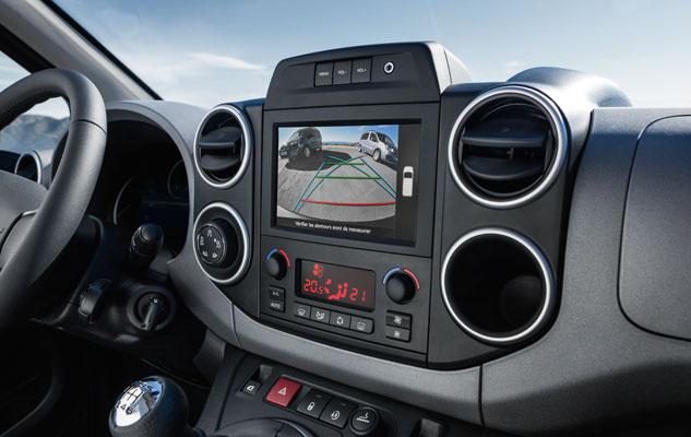 Peugeot Partner Tepee интерьер