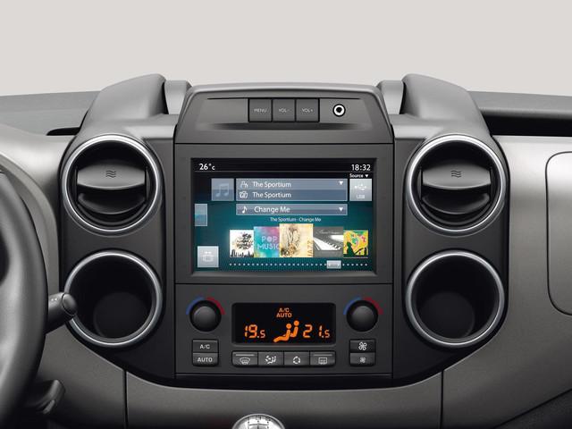 Peugeot Partner Tepee панель