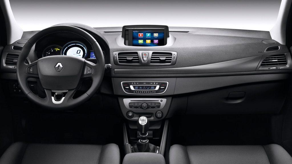Renault Megane – панель