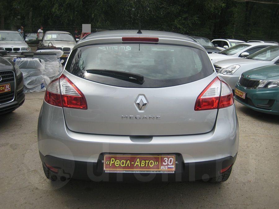 Renault Megane сзади