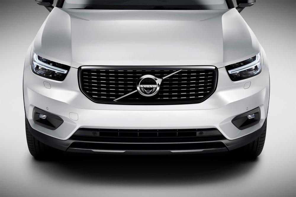 Новый Volvo X C 40