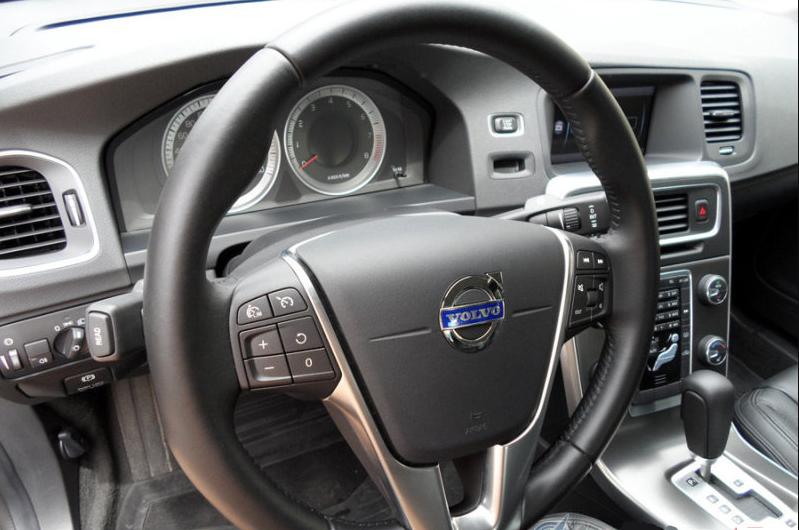 Руль Volvo S60
