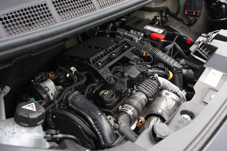 двигатнль Peugeot