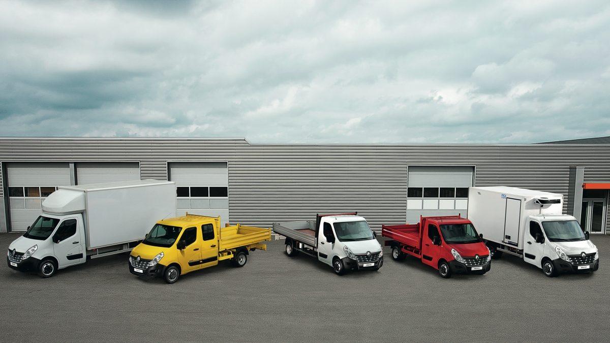 комплектации Renault