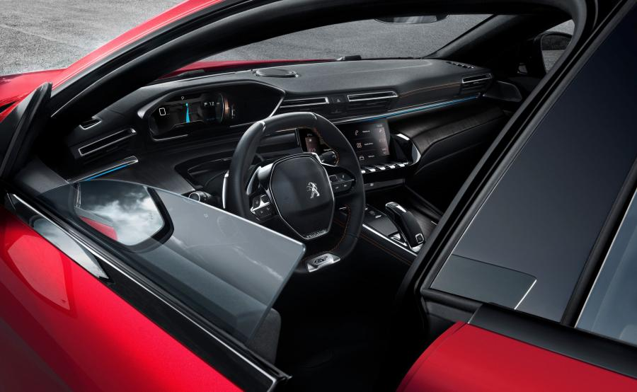 салон Peugeot 508
