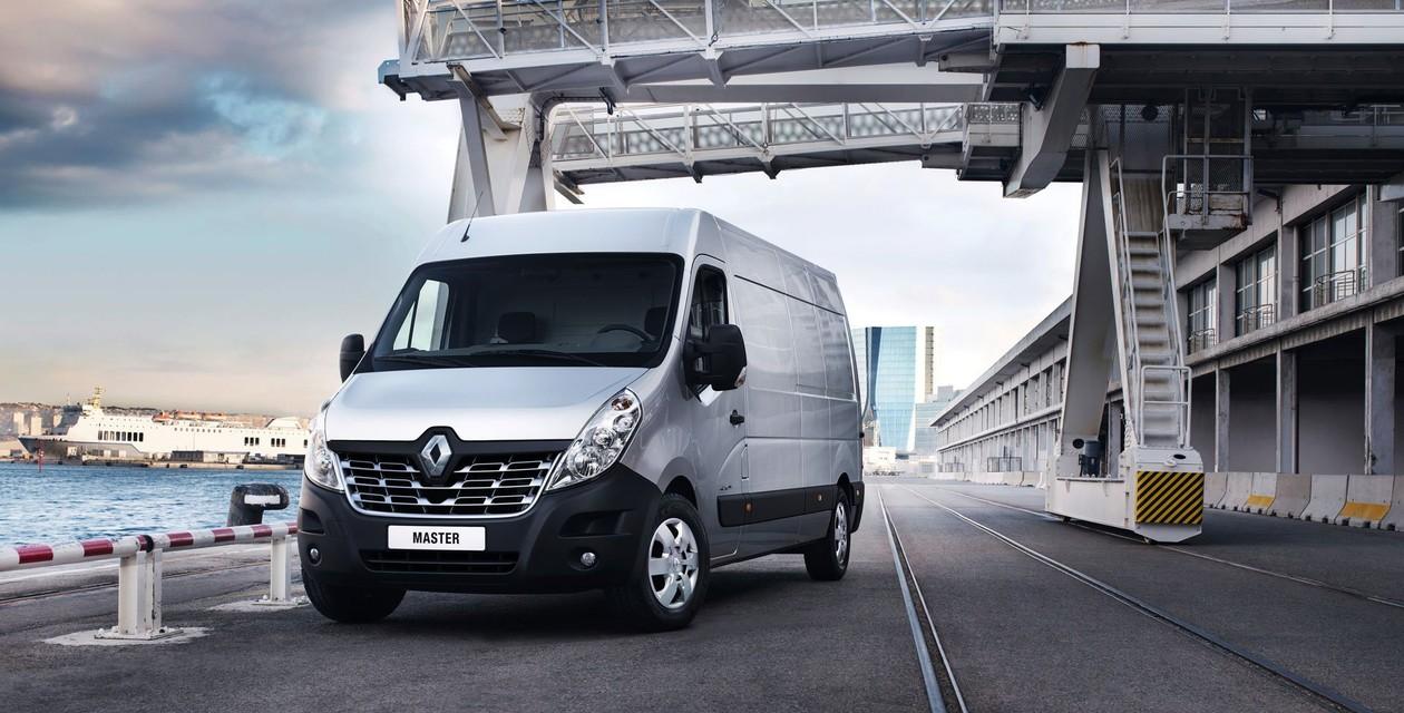 вид спереди Renault