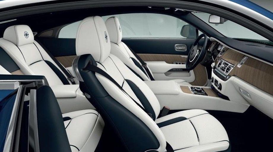 белый салон Rolls Royce