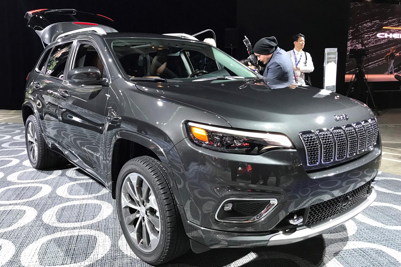 jeep cherokee. 2018