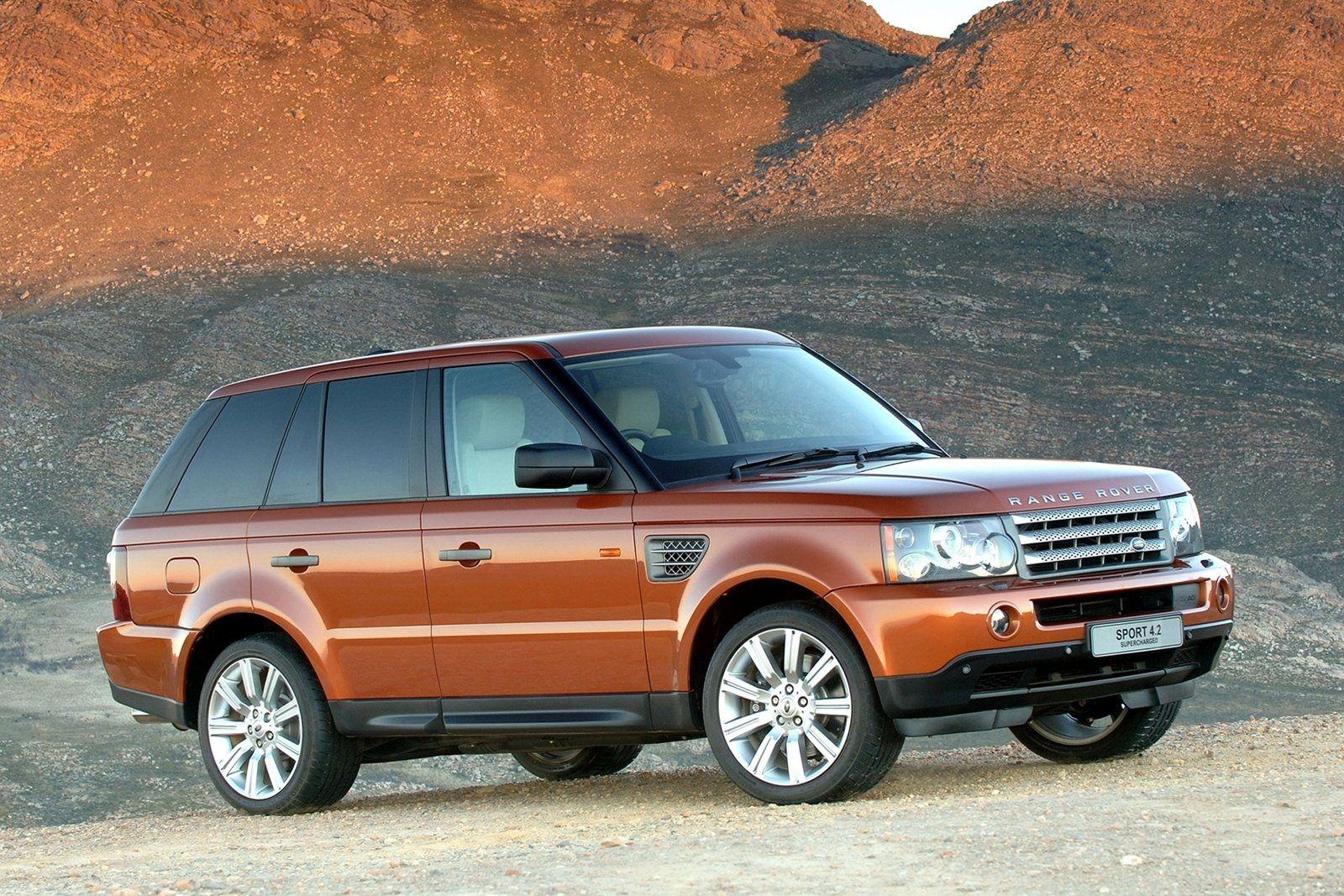 range rover sport .