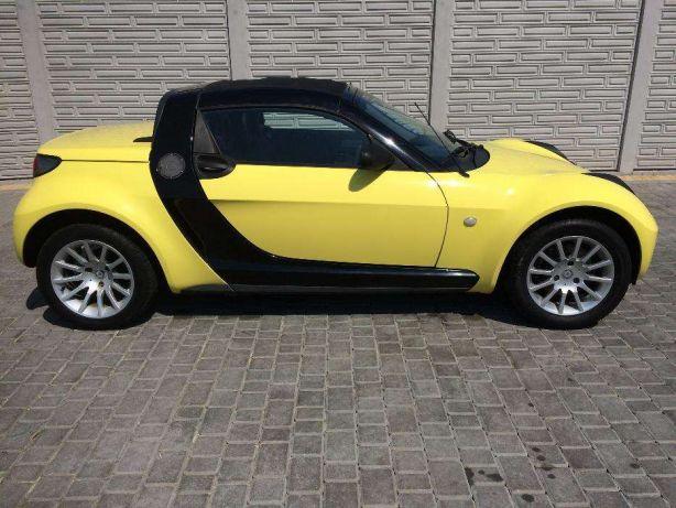 smart roadster жёлтый