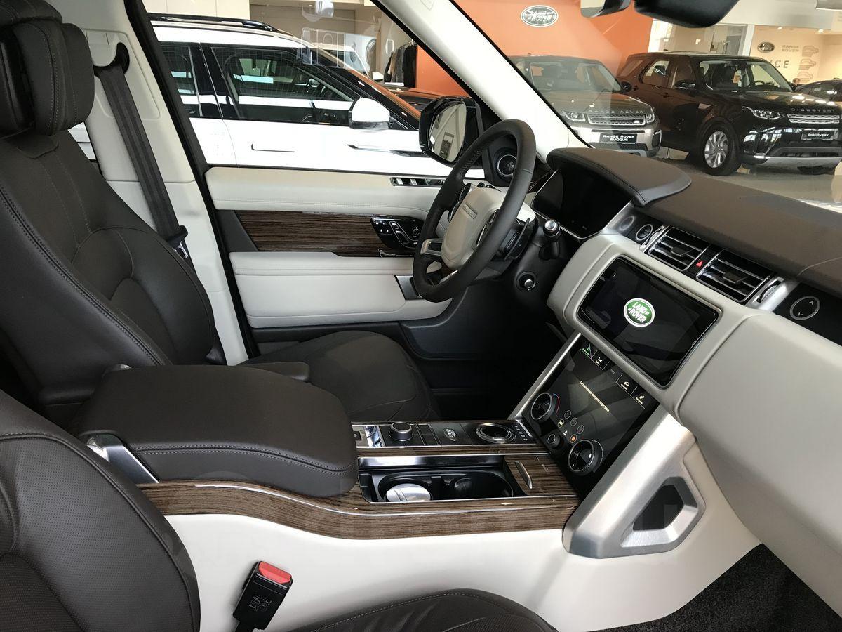 Land Rover передний ряд