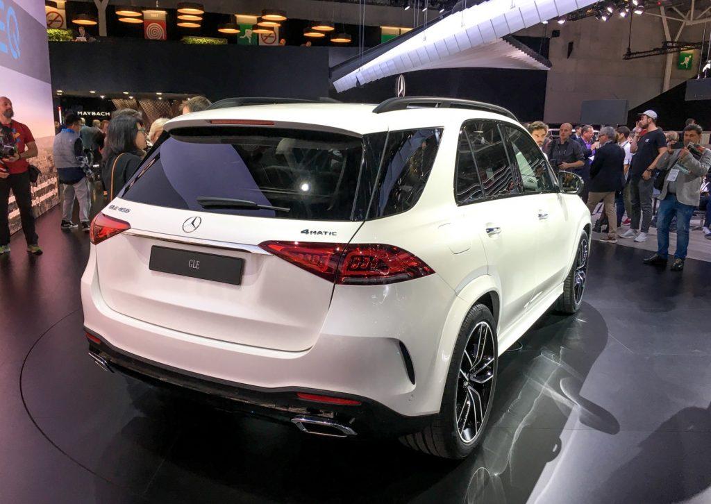 Mercedes-Benz GLE сзади