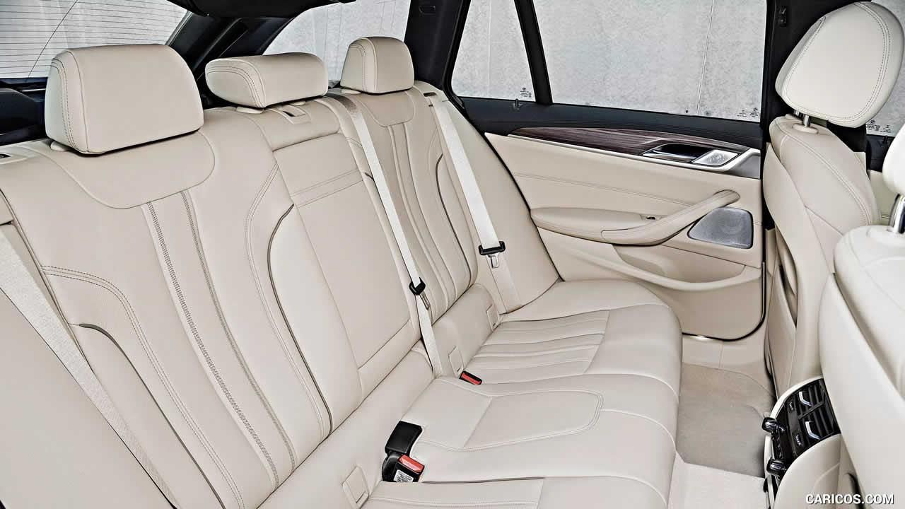 BMW 5-Series - Интерьер - Задний ряд сидений