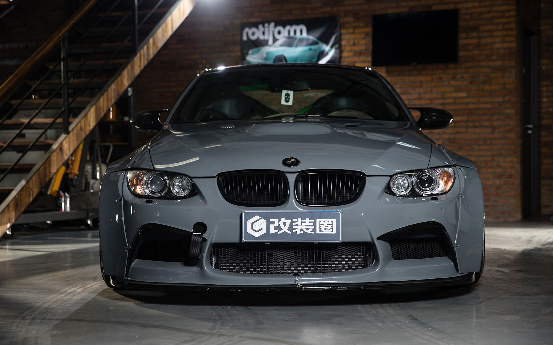 BMW M3 спереди
