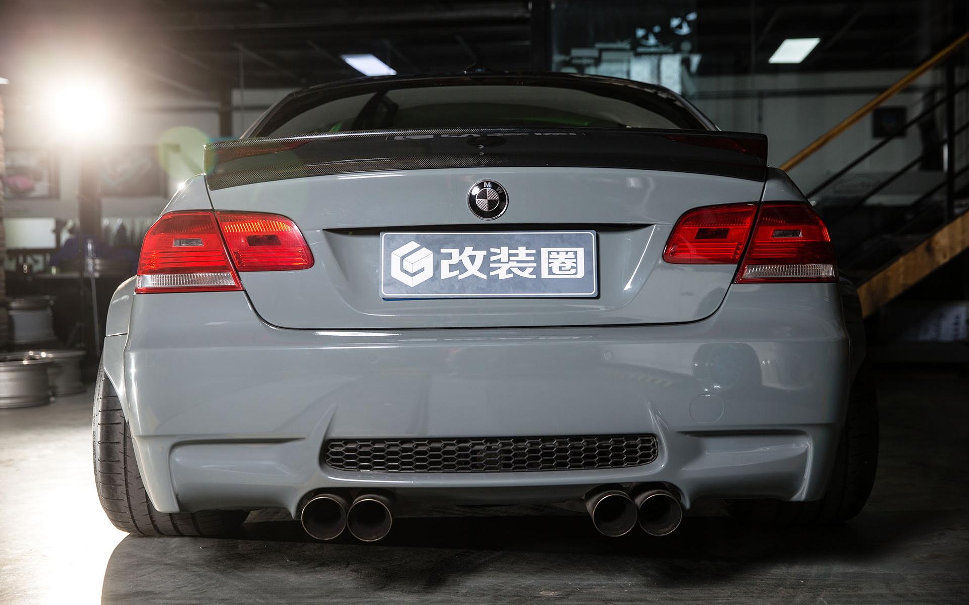 BMW M3 сзади