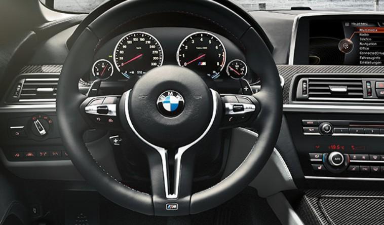 BMW M6 руль