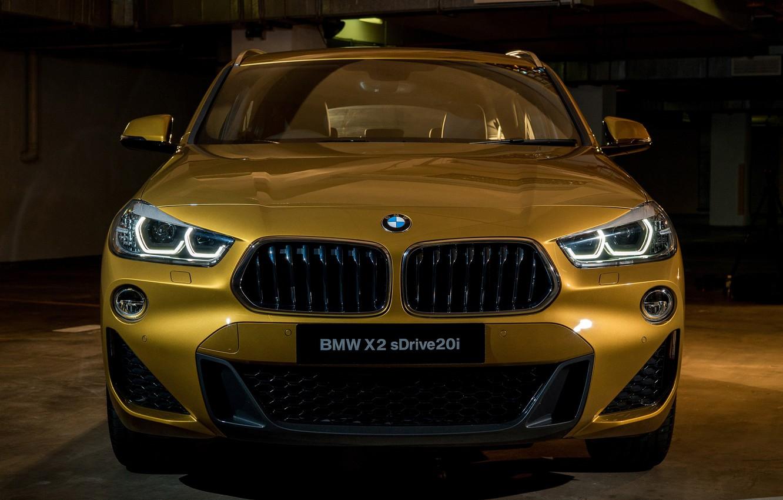 BMW X2 спереди