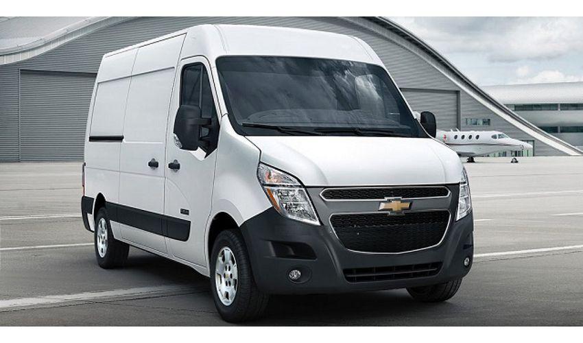 Chevrolet Express белый