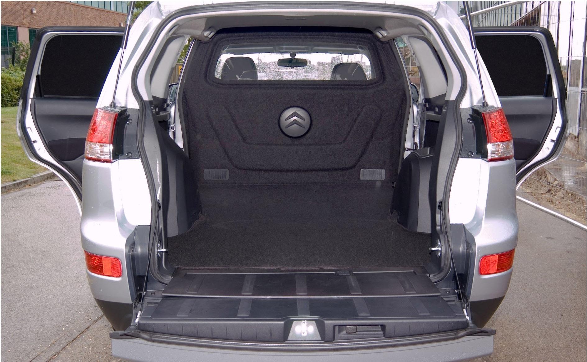 Citroen C Crosser багажник