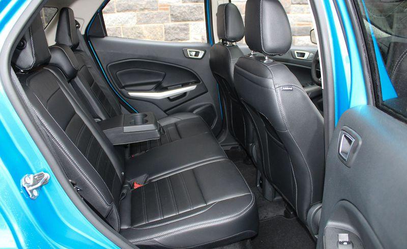 форд экоспорт задний ряд