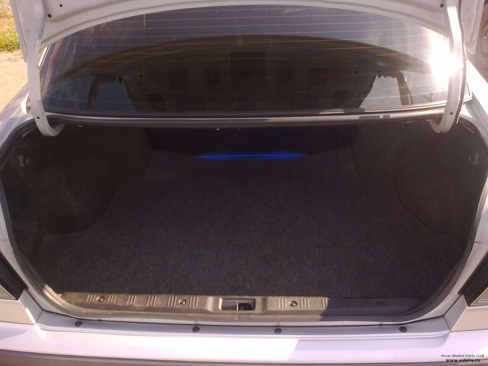 nissan bluebird багажник