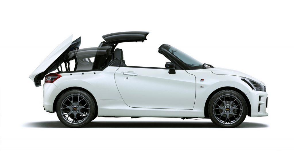 Daihatsu Copen GR SPORT - складная жесткая крыша