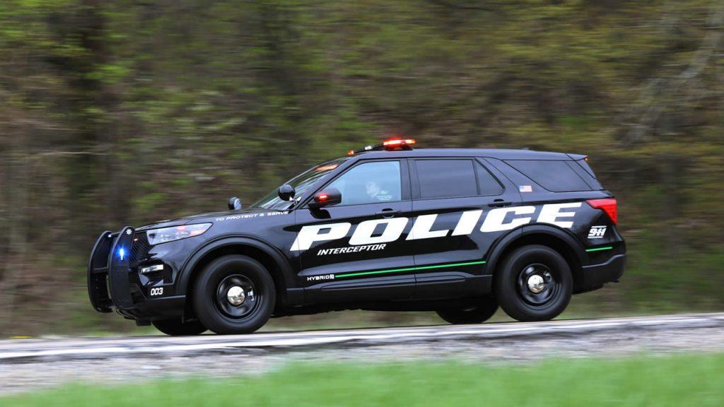 Полиция Чикаго будет гоняться за преступниками на новых гибридах от Ford