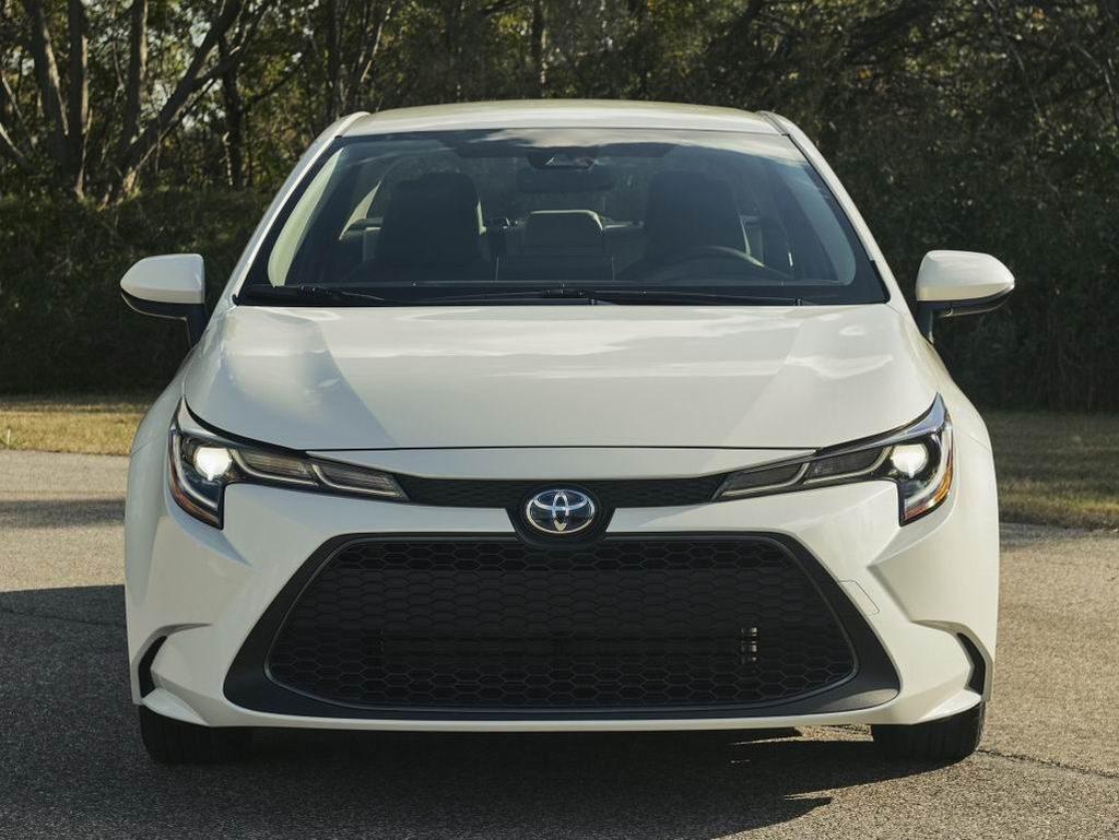 Toyota Corolla 2019-2020 - Белая