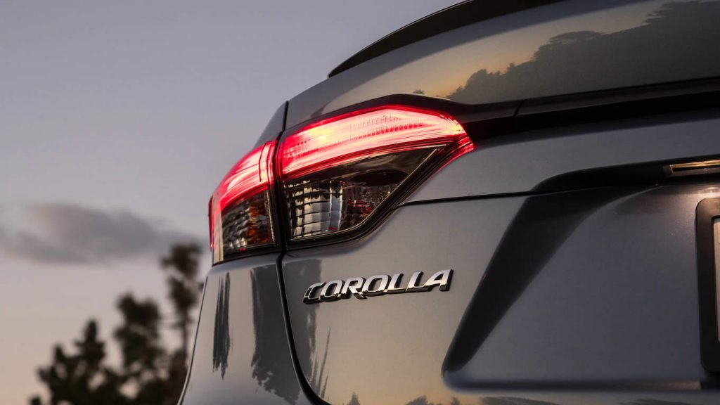 Toyota Corolla 2019-2020 - Задняя оптика (фары)