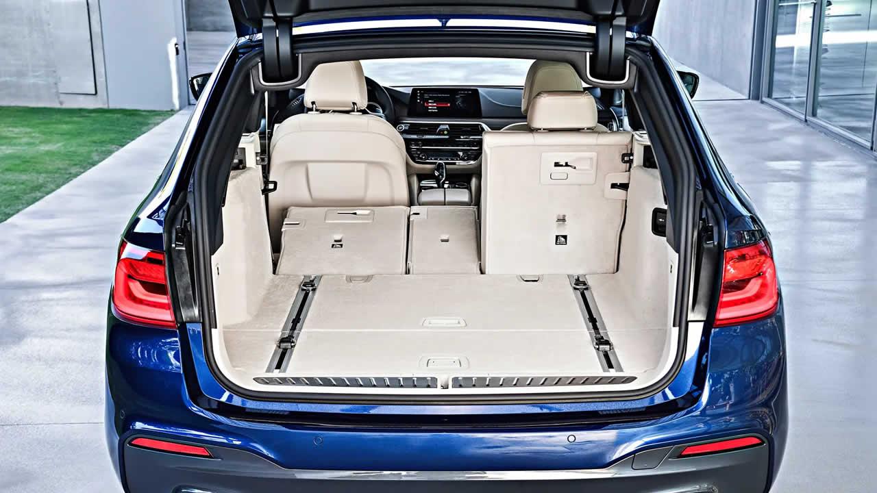 BMW 5-Series Touring 2019 - Багажник