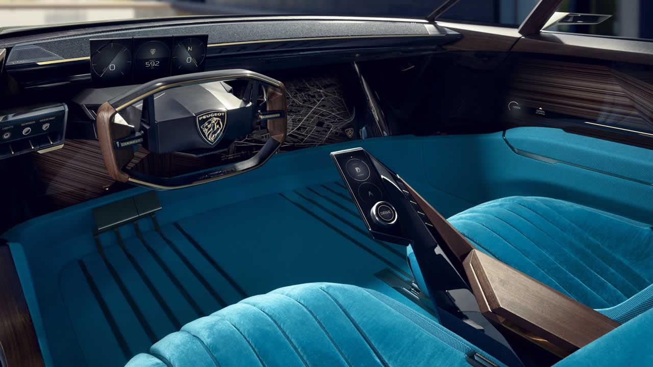Peugeot E-Legend - Интерьер - Приборная панель.