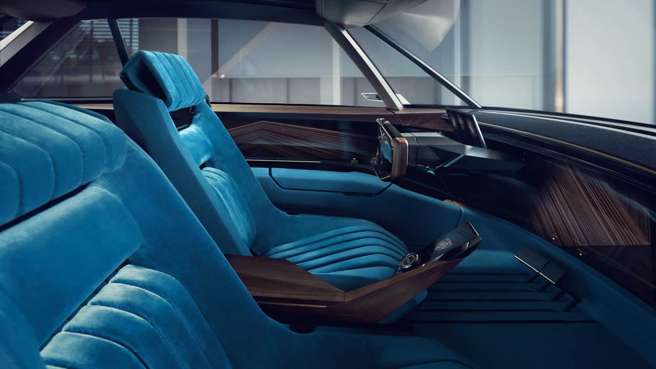 Peugeot E-Legend - Интерьер
