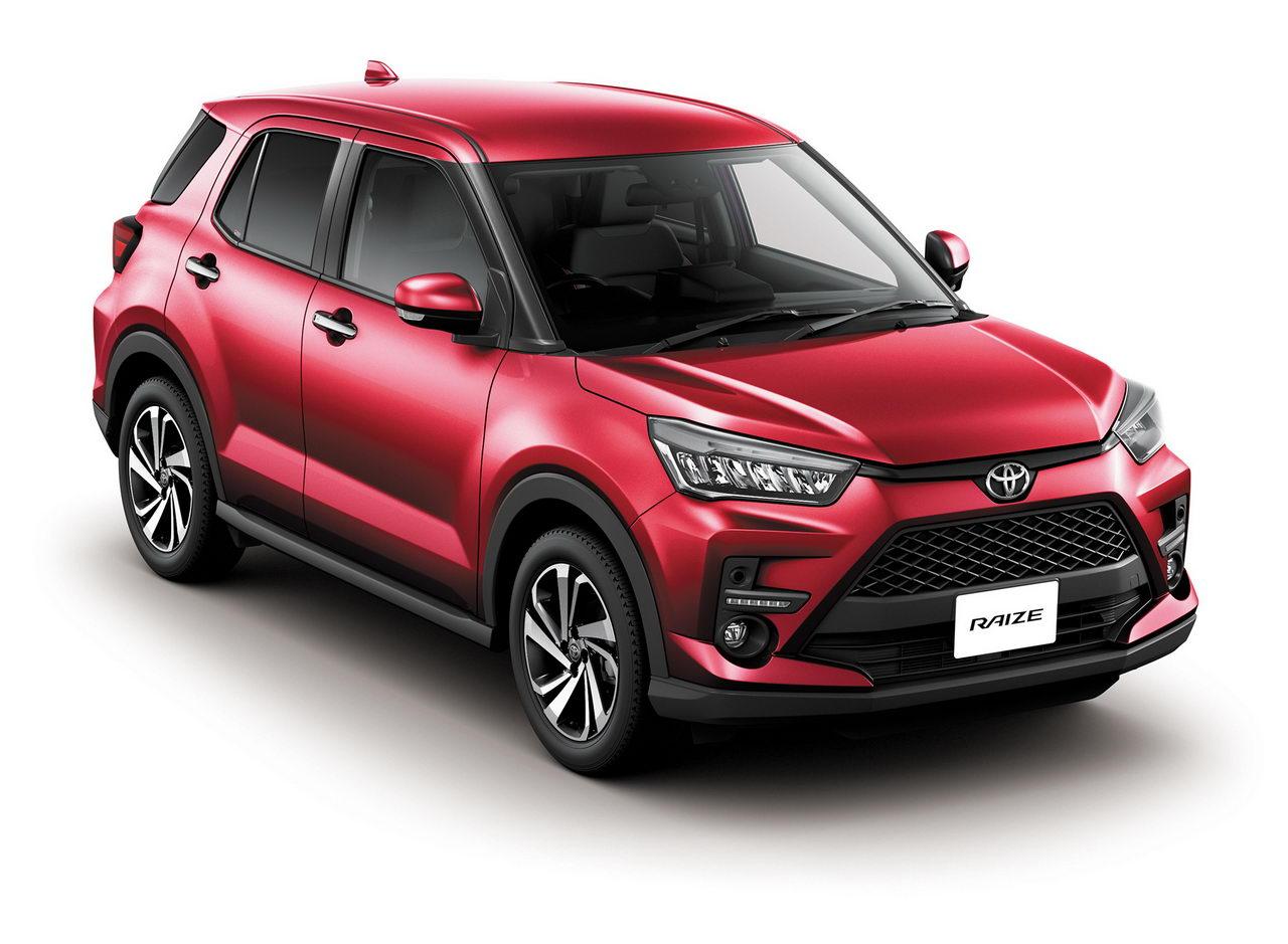 Toyota Raize 2020 - красный