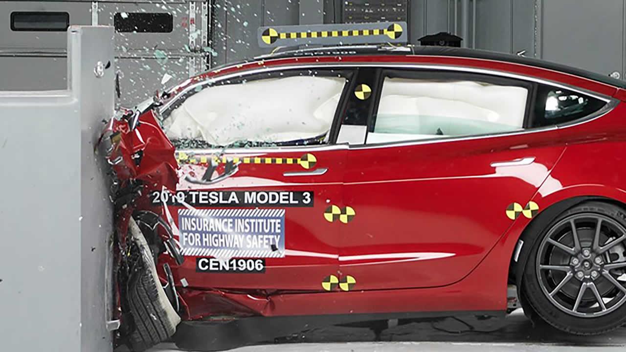 Краш-тест Тесла Модел 3 - Фронтальный удар