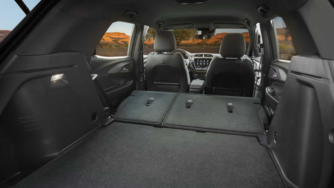 Chevrolet Trailblazer 2021 - Интерьер - Багажник со сложенным задним рядом сидений