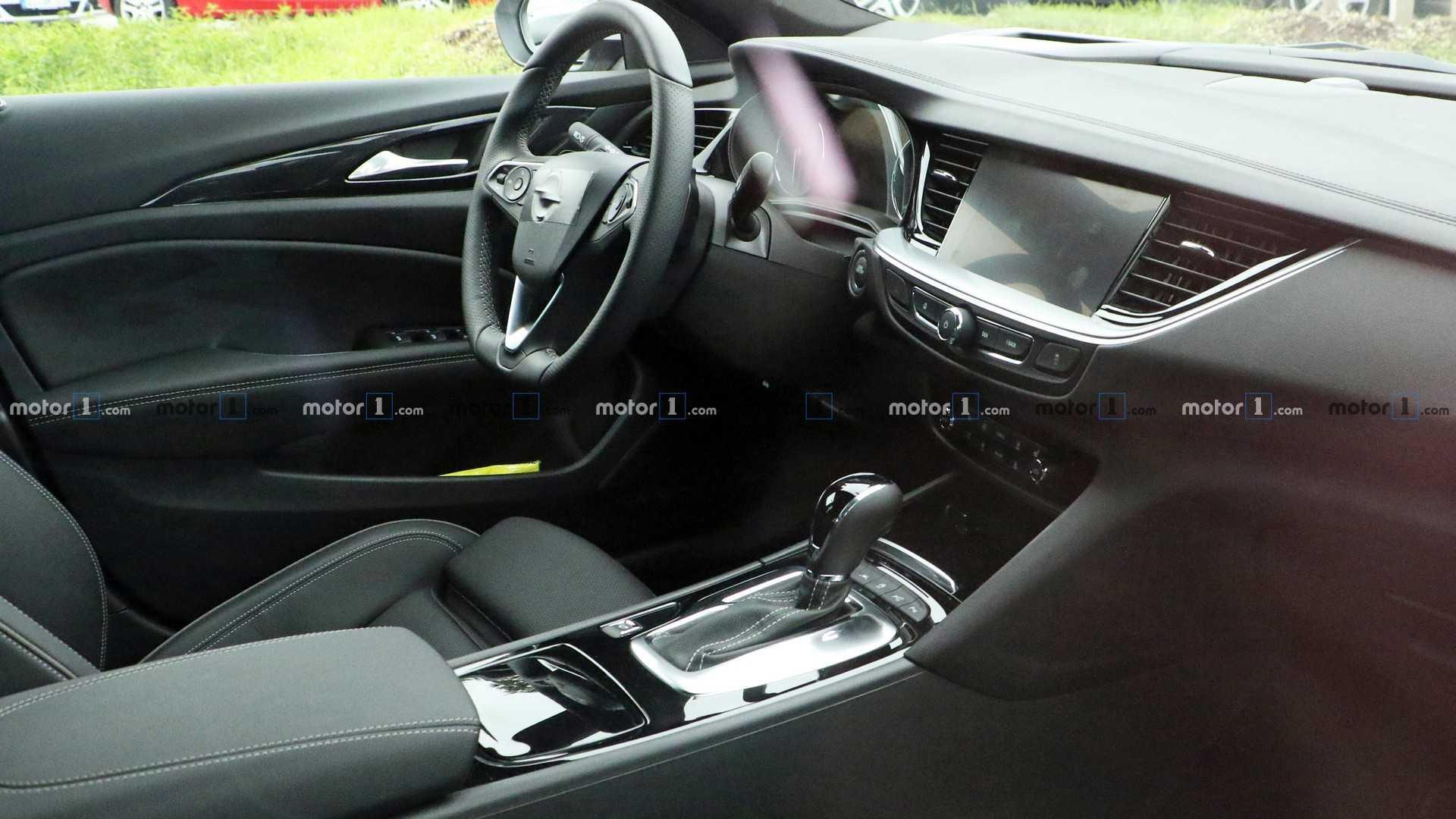 Opel Insignia 2020 - Интерьер (салон)