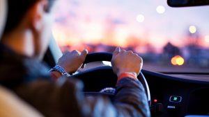 Аренда автомобилей в Москве с водителем и без, каршеринг